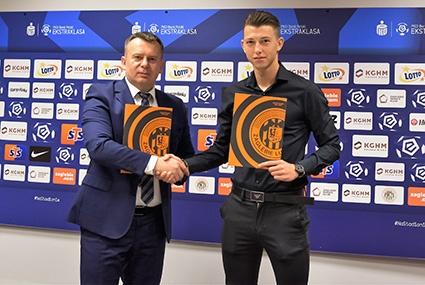 Mateusz Bartolewski z prezesem Zagłębia Lubin