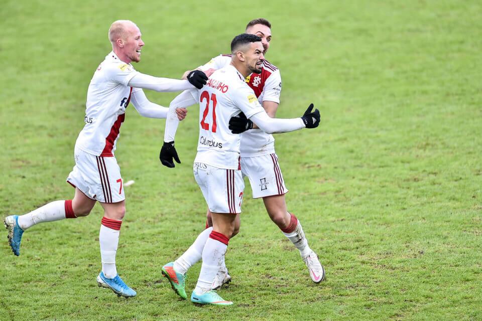 Ricardinho po golu na wagę remisu